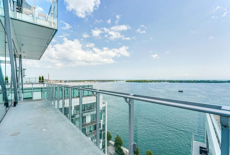 27 Pier Balcony View.jpg