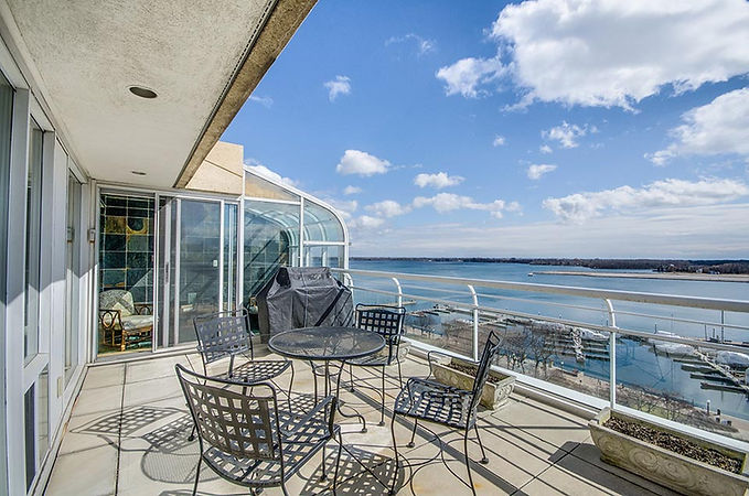 Kings Landing Penthouse 1201 Terrace