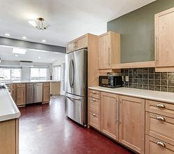 2676 Kitchen 3.jpg