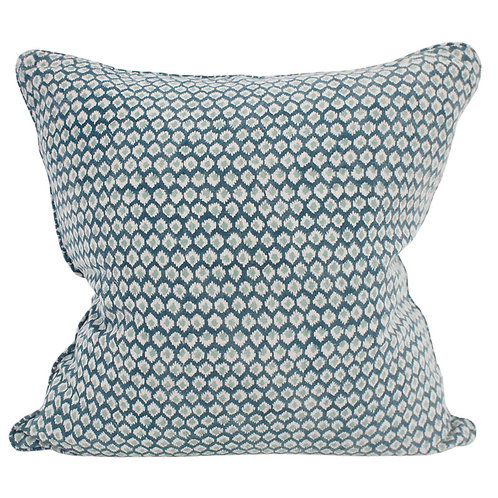 Patola Cushion (Chalk)