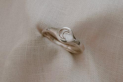 Lunette Ring