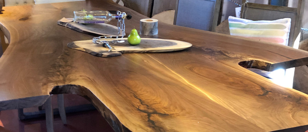 TABLE 17- NEW! georgeous Black Walnut Harvest Table