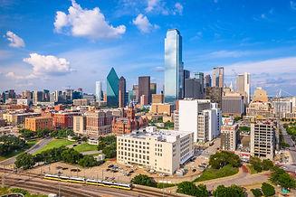 dallas-texas-usa-skyline-52Y8MFK.jpg