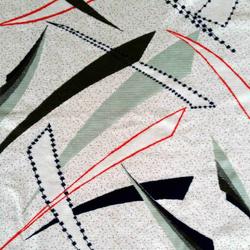 arrow gris claro