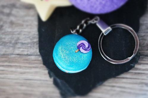 Porte clés macaron bleu pailleté fimo artisanal bijou gateau