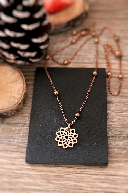 Collier en acier inoxydable Rosé fleur mandala, réglable fait main