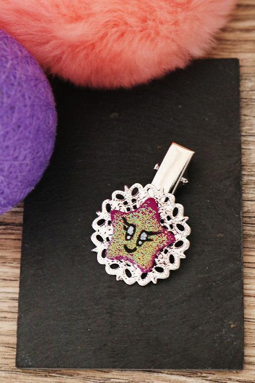 Barrette étoile violette pailletée fimo artisanale pince