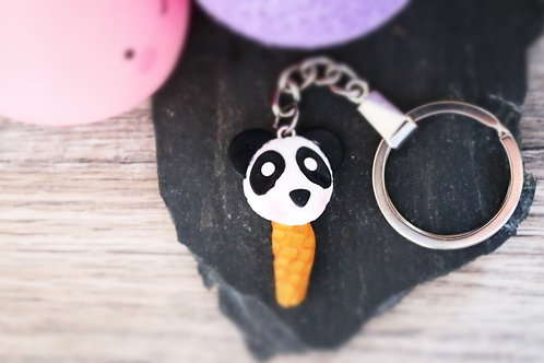 Porte clés Glace panda fimo artisanal