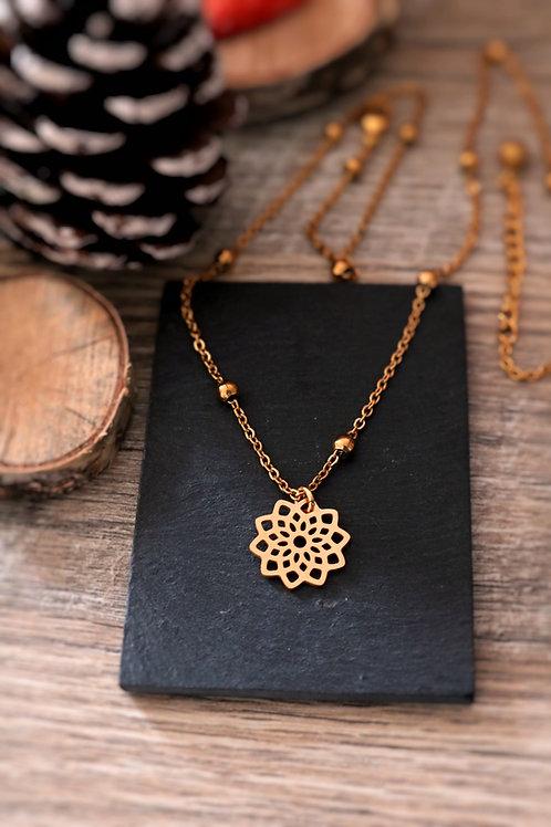 Collier en acier inoxydable doré fleur mandala, réglable fait main