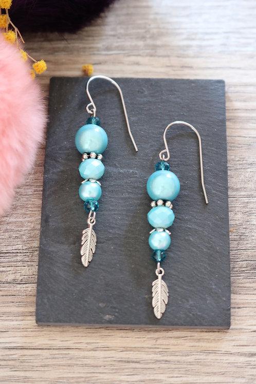 Boucles d'oreilles Nala pendantes bleues artisanales crochet acier i