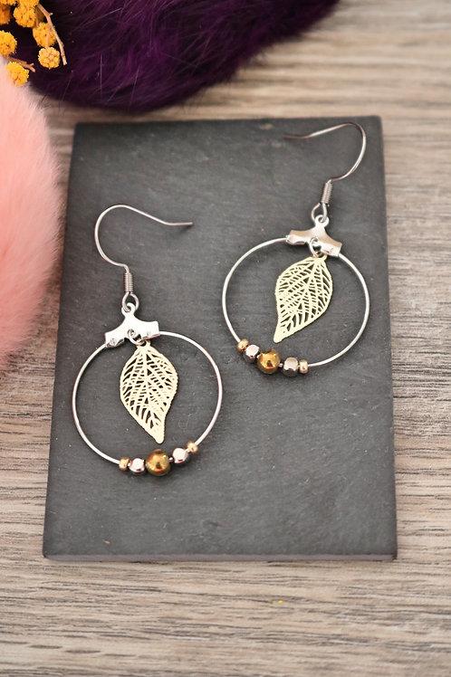 Boucles d'oreilles créoles feuilles filigranes bicolores attache acier inox
