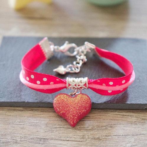 Bracelet enfant rose coeur pailletée en fimo fait main