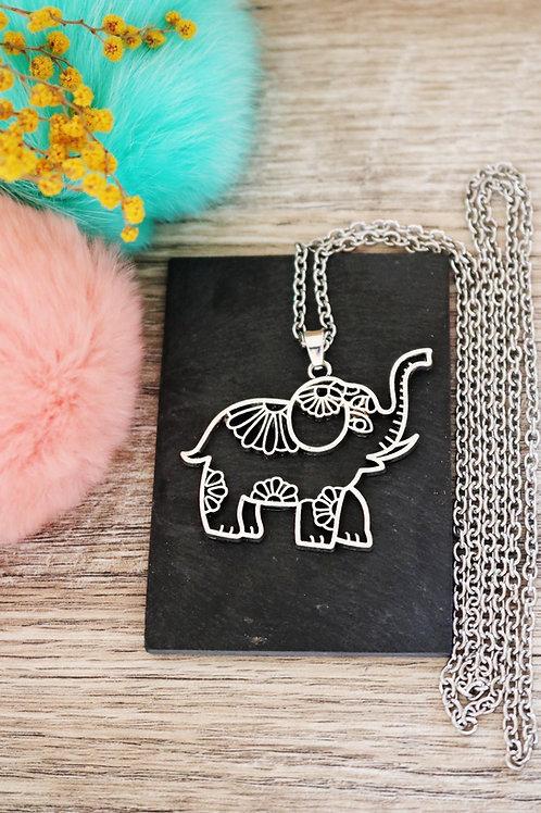 Sautoir/ collier long éléphant bohème argenté et chaine en acier inoxydable