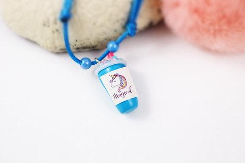 Collier enfant licorne smoothie bleu fimo artisanal gourmand