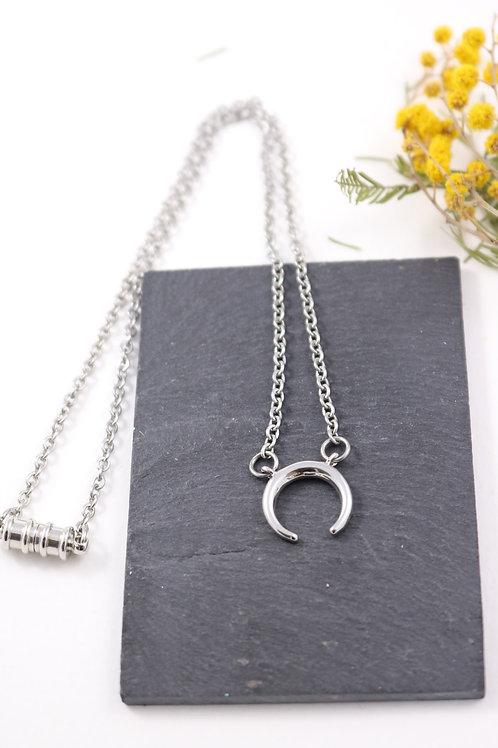 Collier aimanté Lune/ corne buffle minimaliste chaine acier inoxydable fait main