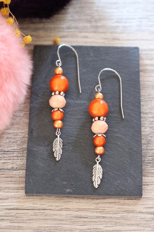Boucles d'oreilles Nala pendantes oranges artisanales crochet acier inox