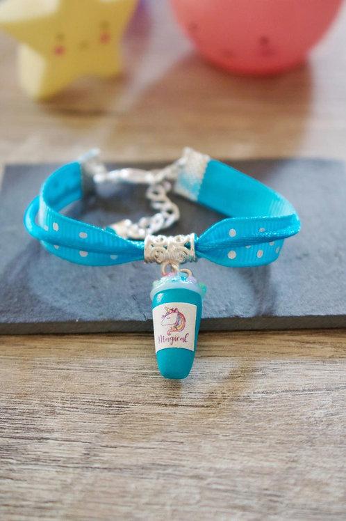 Bracelet enfant bleu smoothie licorne pailleté en fimo fait main