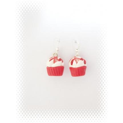 Boucles cupcake à la fraise en fimo attache en acier inoxydable