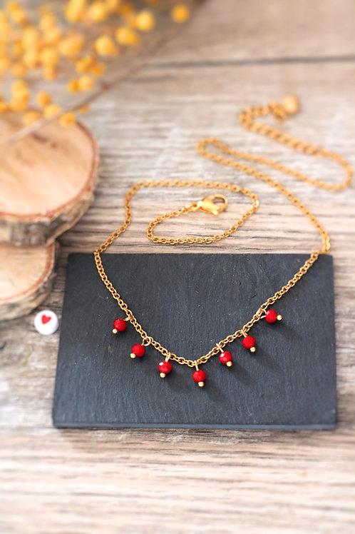Collier tour de cou Perlita acier inoxydable doré et perles en verre rouge