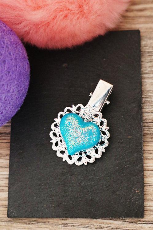 Barrette Coeur bleu pailleté fimo artisanale pince