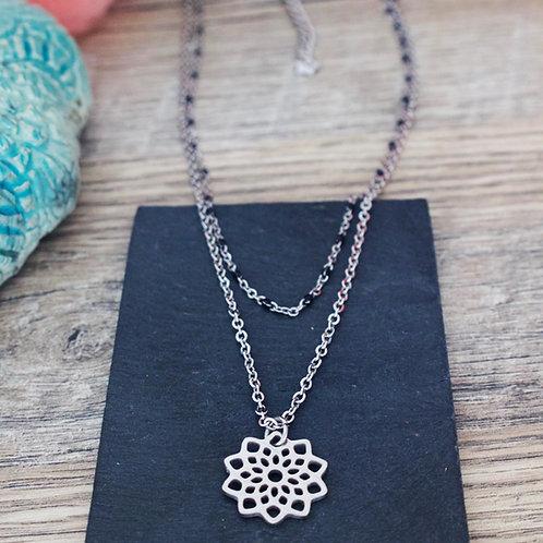 Collier double fleur mandala acier inoxydable réglable fait main