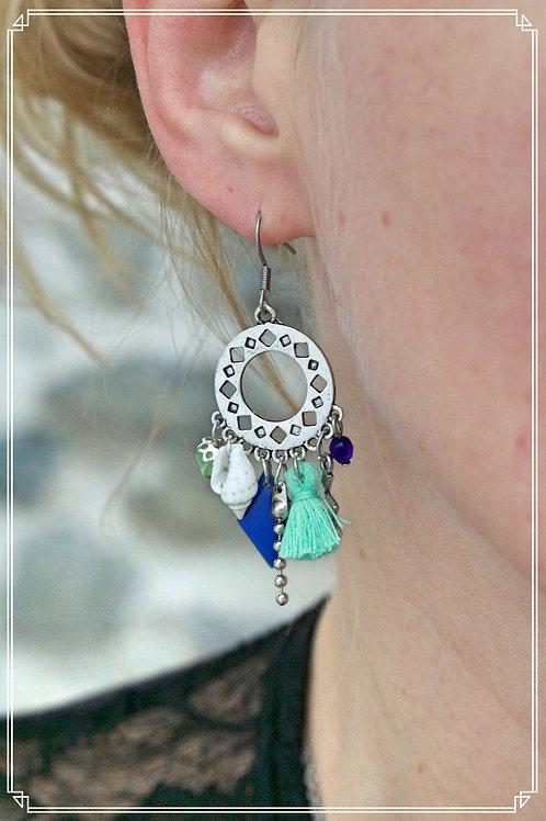 Boucles d'oreilles Anyla vert d'eau et bleu et argentées pendantes fait main