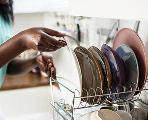 greener-home-clean-dishes-w600.jpg