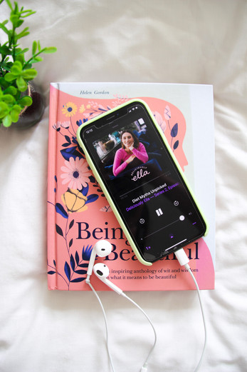 6 podcasts I'm loving right now