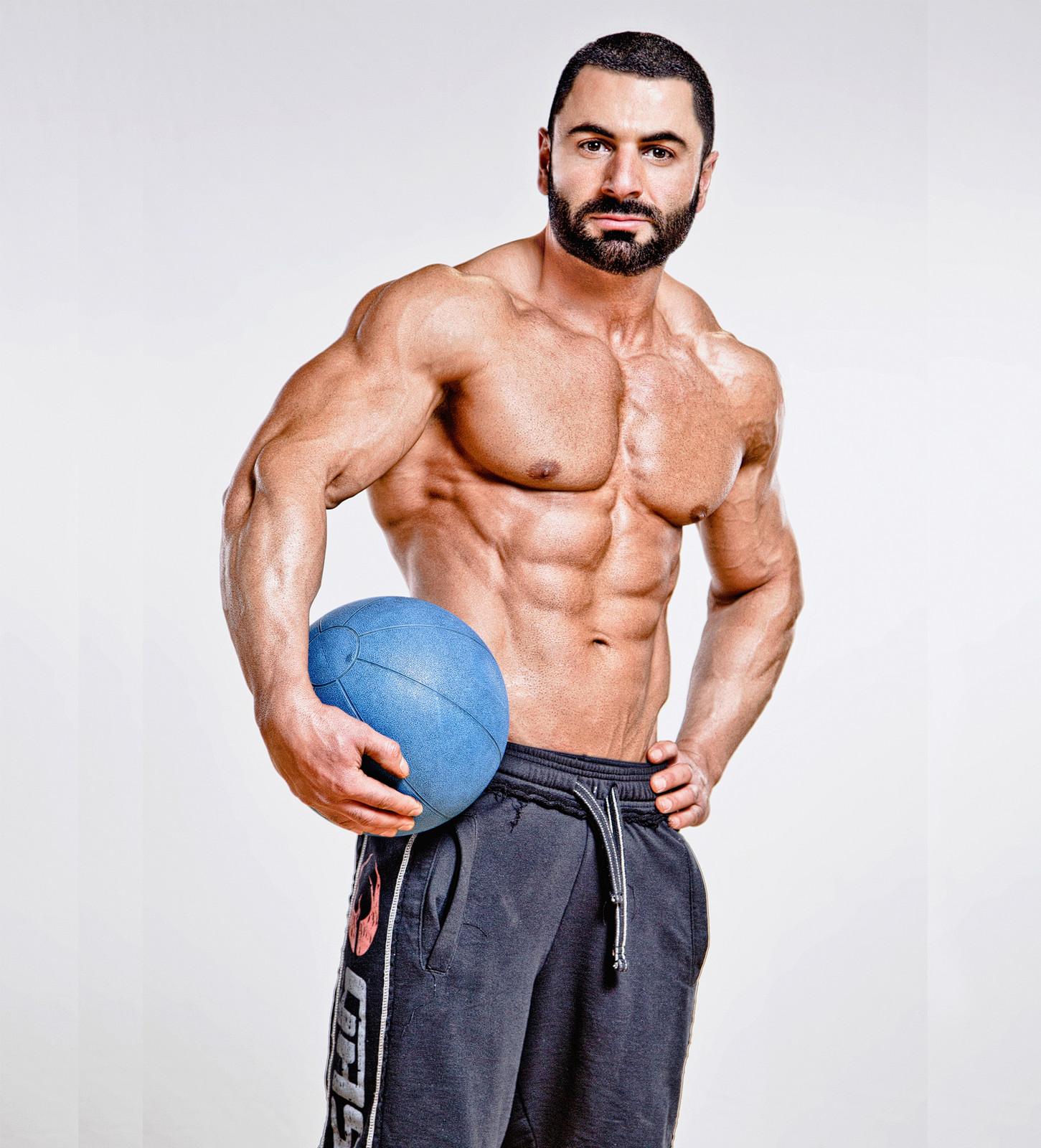 Fitness Modle Perosnal Trainer Este tema ha sido bloqueado así que no podrás responder en el. fitness modle perosnal trainer