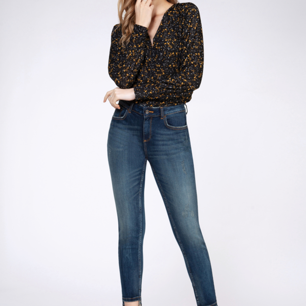 DEX Floral Top and Jeans