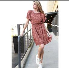 Veveret Ditsy Floral Woven Dress