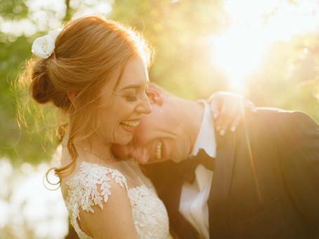 Ślub w środku tygodnia - czy to ma szanse się udać?