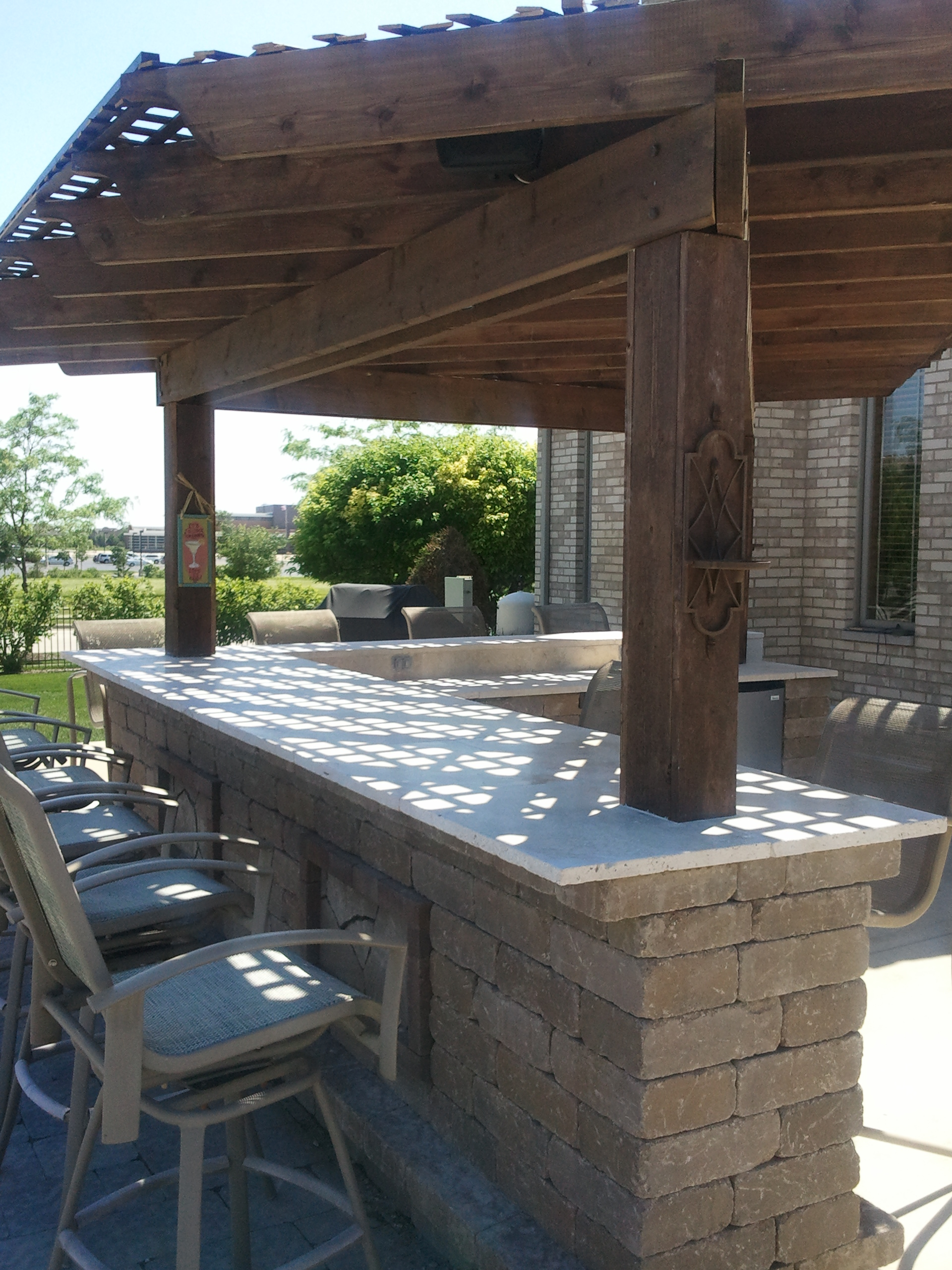 outdoor bar builder