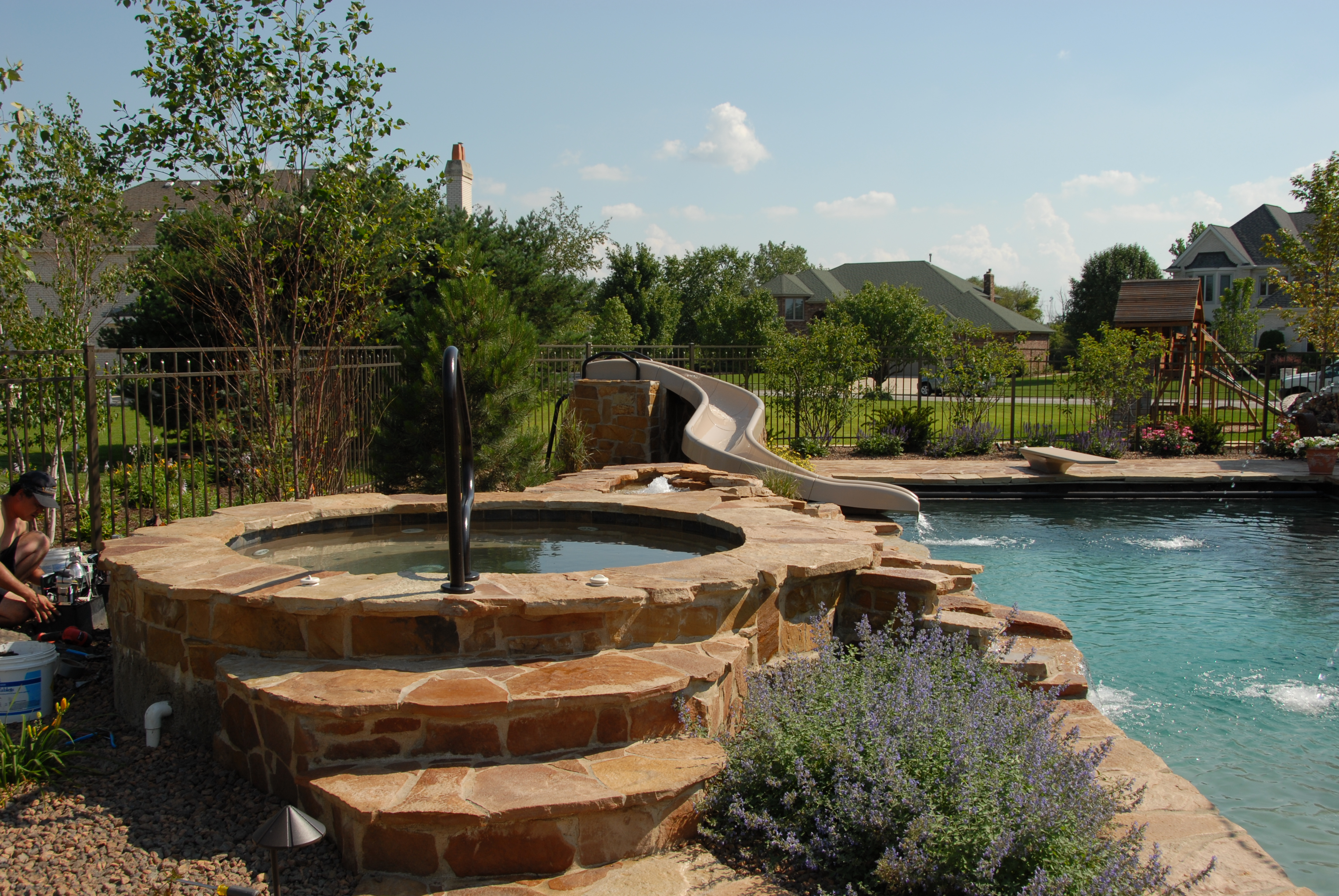 natural stone gunite spa builder