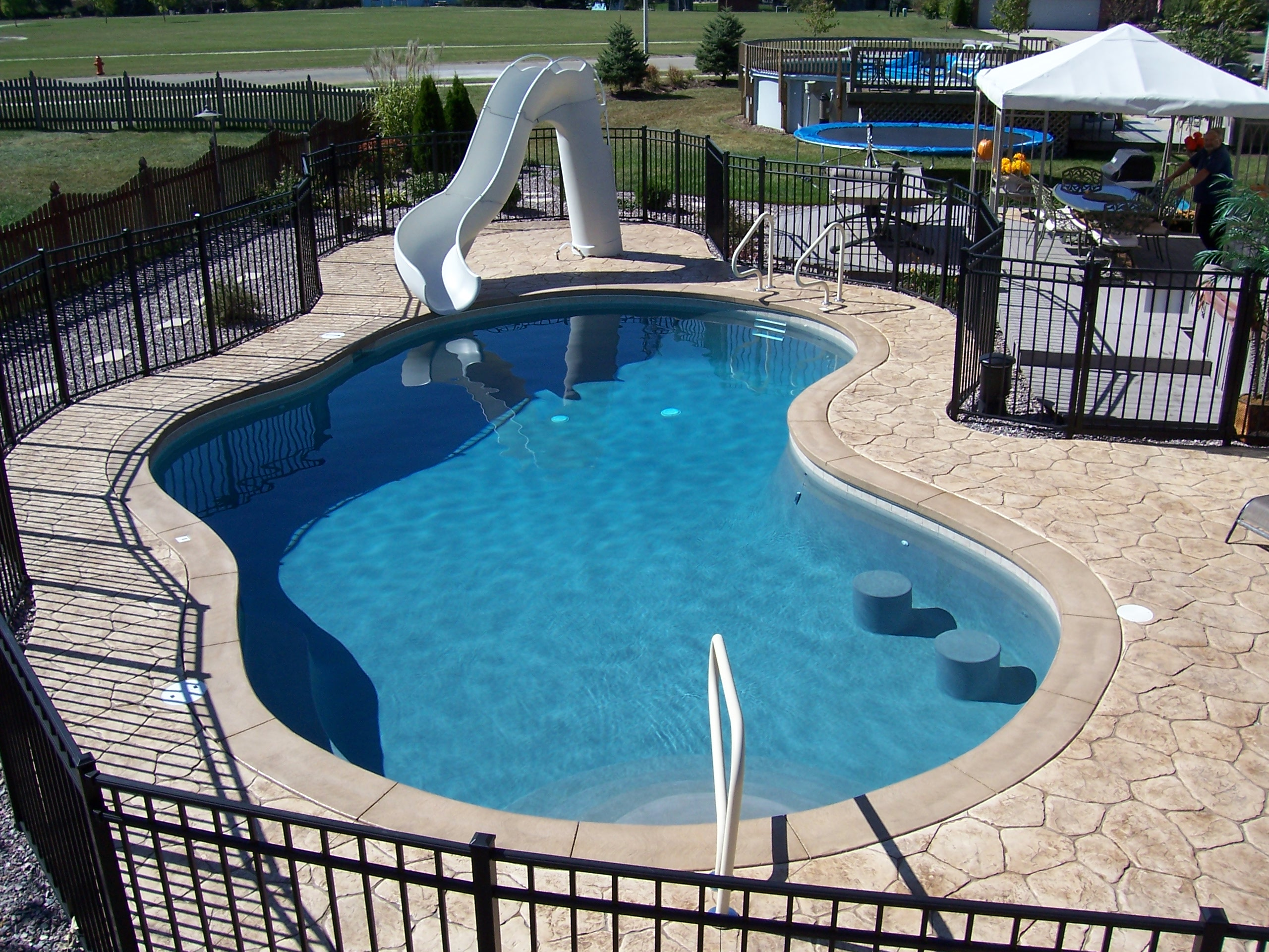 gunite pool swim up bar