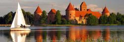 Trakai-castle-Lithuania.jpg