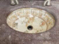 tenesee marble sink o brackets pic 3.jpg