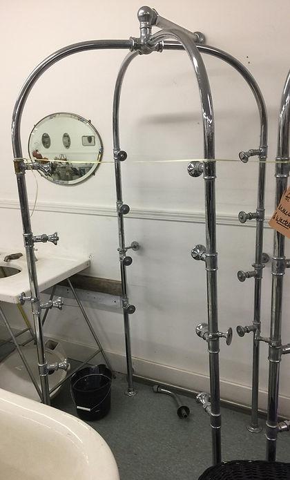 Needle bath shower 16 head shower_edited