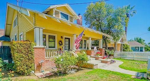 Vintage property sold in Riverside