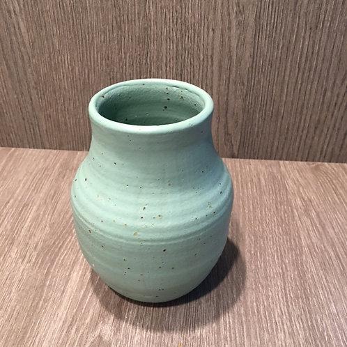 Smuk lysegrøn vase