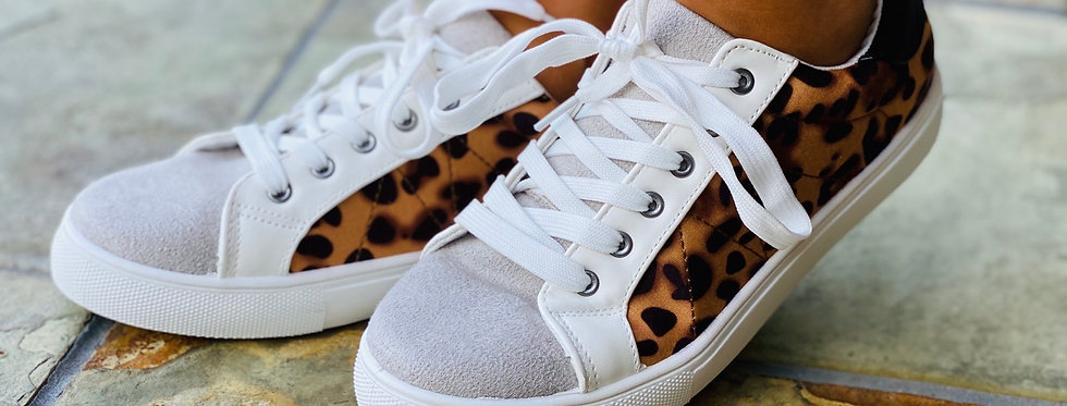 Here Kitty Kitty Sneakers