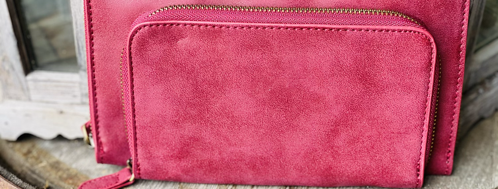 Day Date Convertible Wallet in Wine