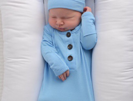 Gigi & Max Knotted Gown w/ Knotted Hat (Baby Blue