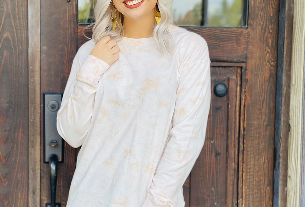 It's Groovy Tie Dye Longsleeve in Blush