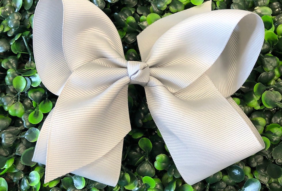 Bow (silver)