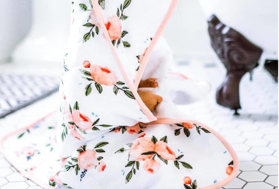 Little Unicorn Rose Hooded Towel Set