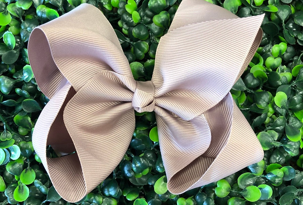 Bow (pewter)