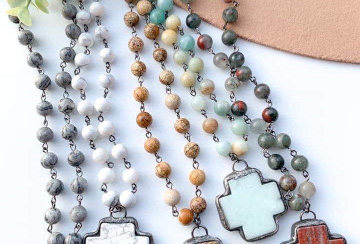 Keeping It Natural  Necklace in Mint