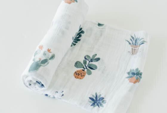 Little Unicorn Swaddle (cactus)