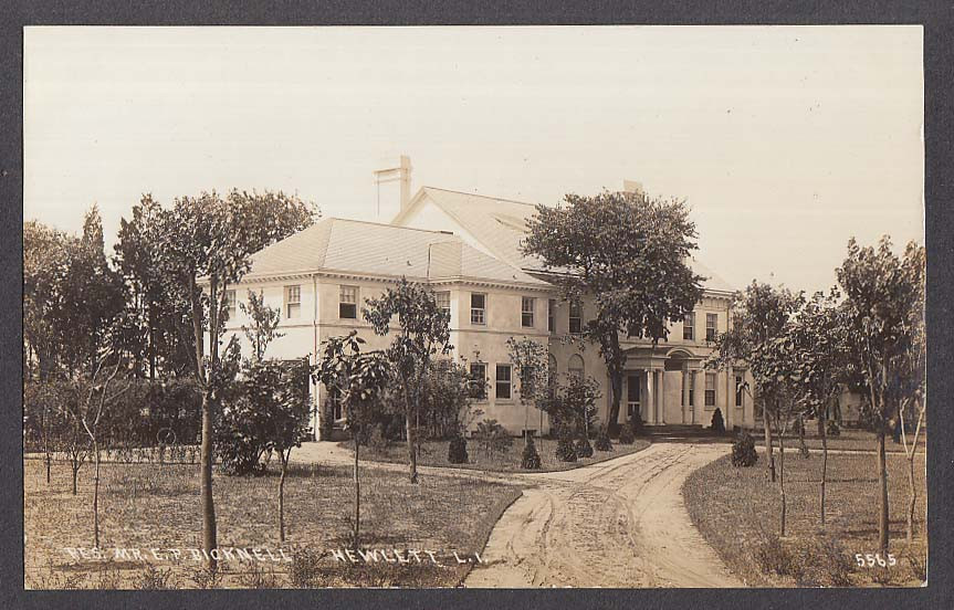 E.P. Bicknell's residence on Hewlett Long Island in 1915
